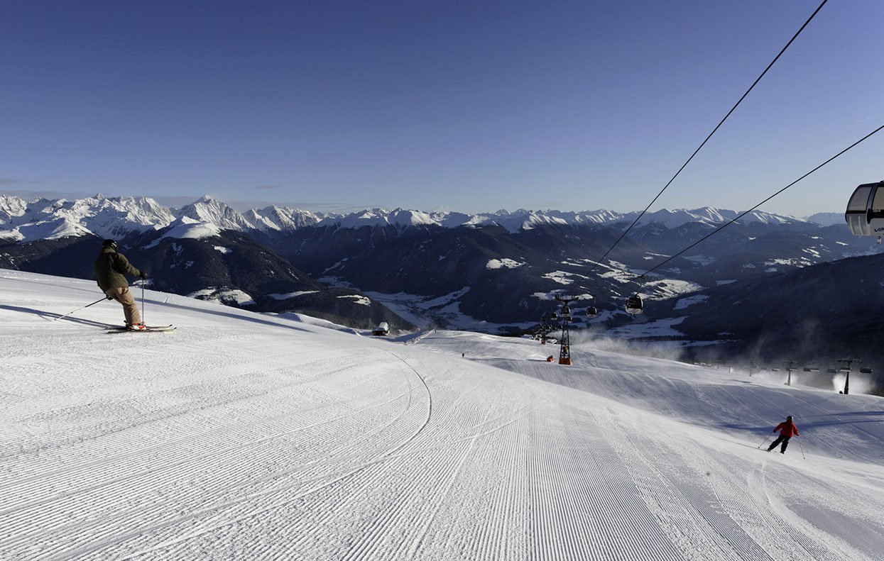 Short routes ensure much sport fun during a winter holiday at the Kronplatz